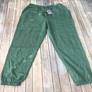 NWT Matilda Jane field notes jogger pants